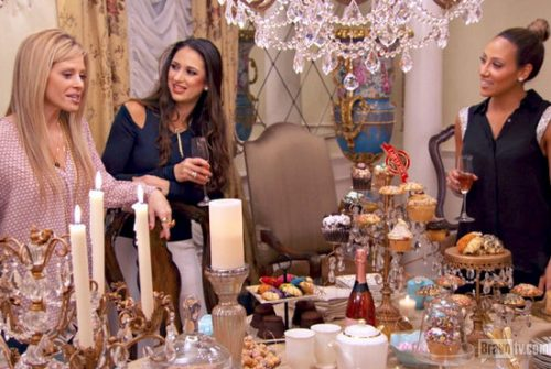 Real Housewives Of New Jersey Recap: The Garbage Busines