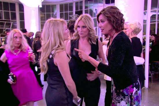 Ramona and Luann feud at Sonja's party