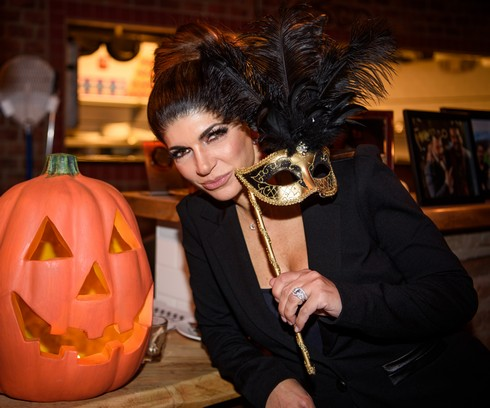 Photos – Teresa Giudice, Chanel Omari, Dolores Catania And More