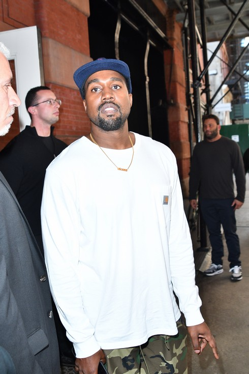 Kanye West leaving a hotel in Soho Featuring: Kanye West Where: Manhattan, New York, United States When: 07 Oct 2016 Credit: TNYF/WENN.com