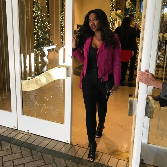 Kenya-Moore-Instagram-Open-Door