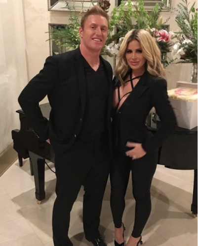 Kim Zolciak & Kroy Biermann celebrate their anniversary