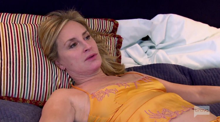 Sonja-Morgan-Yellow-Neglige-Bed-RHONY