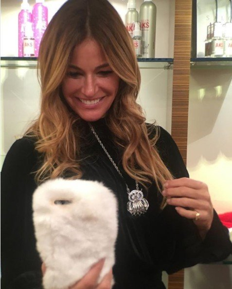 Kelly Bensimon Is Now A Real Estate Agent Who Sells Homemade Mink Birkenstock Sandals