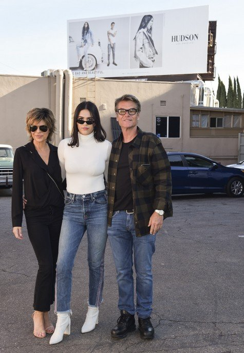 Photos – Lisa Rinna and Harry Hamlin Celebrate Amelia Gray's Hudson's Spring/Summer 2018 Campaign
