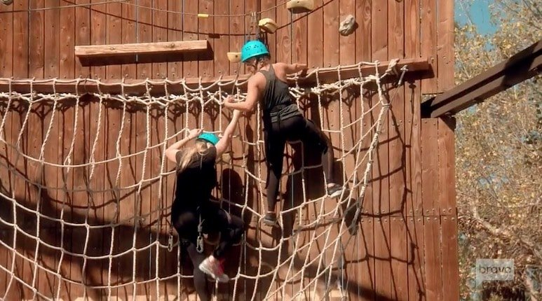 Shannon & Tamra climb the ropes course