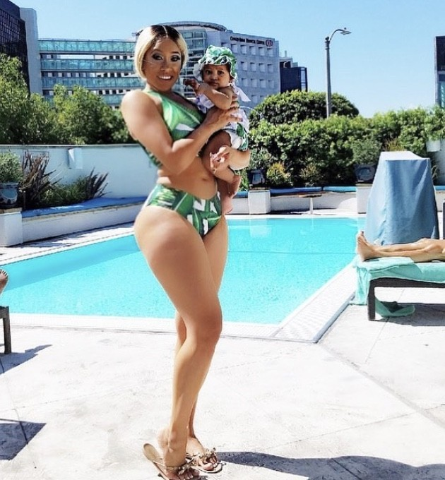 Natalie Nunn With Her Daughter