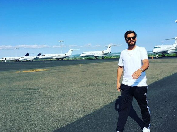 Scott Disick At The Airport
