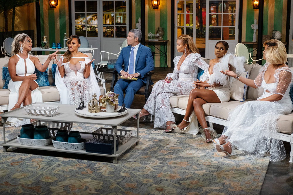 Karen Huger, Ashley Darby, Andy Cohen, Gizelle Bryant, Candiace Dillard Bassett, Robyn Bryant