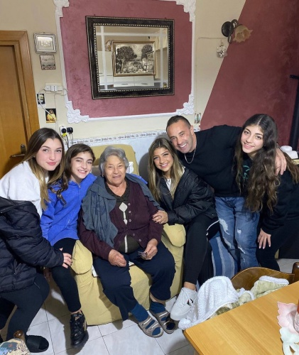 Joe With His Daughters & His Grandma